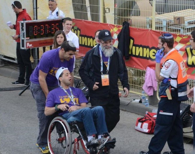 Kalman Samuels & Yossi Running the Jerusalem Marathon